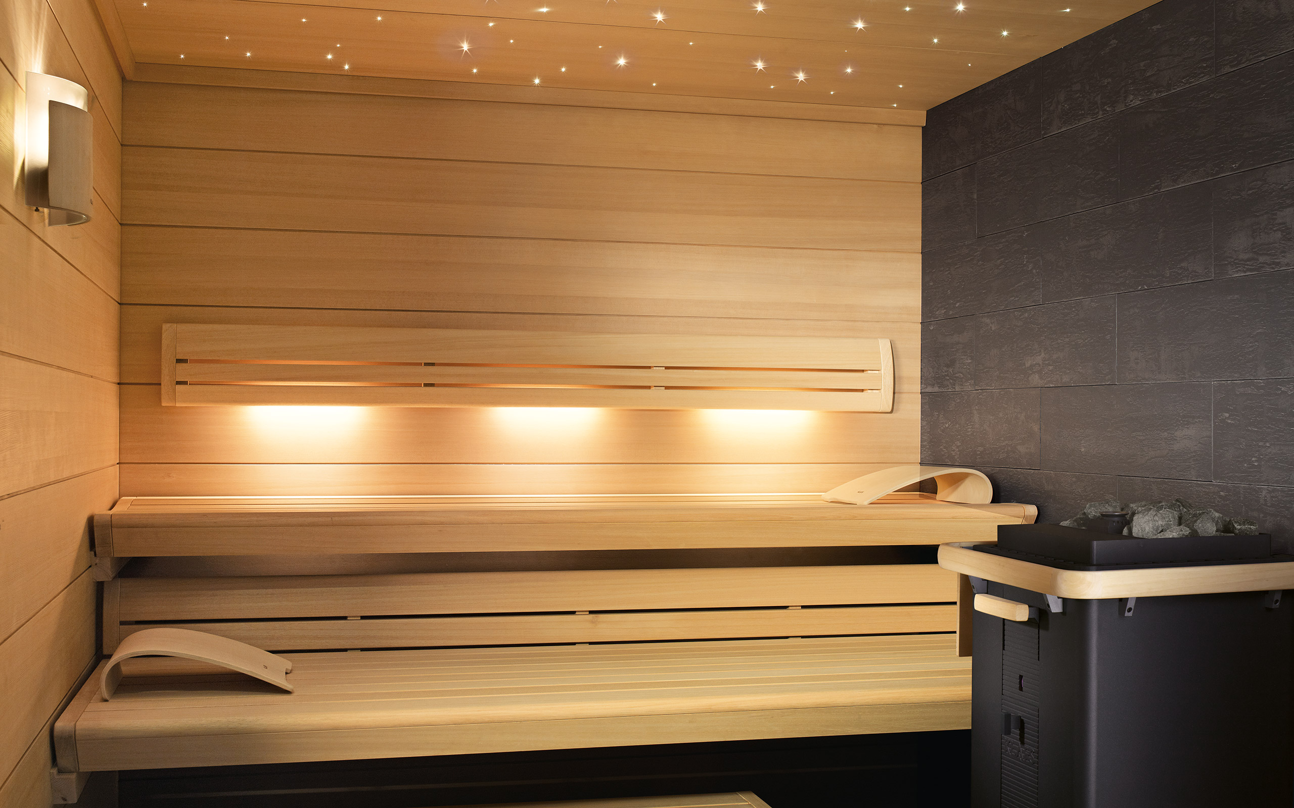 sauna lounge q die individuell und hochwertige sauna. Black Bedroom Furniture Sets. Home Design Ideas