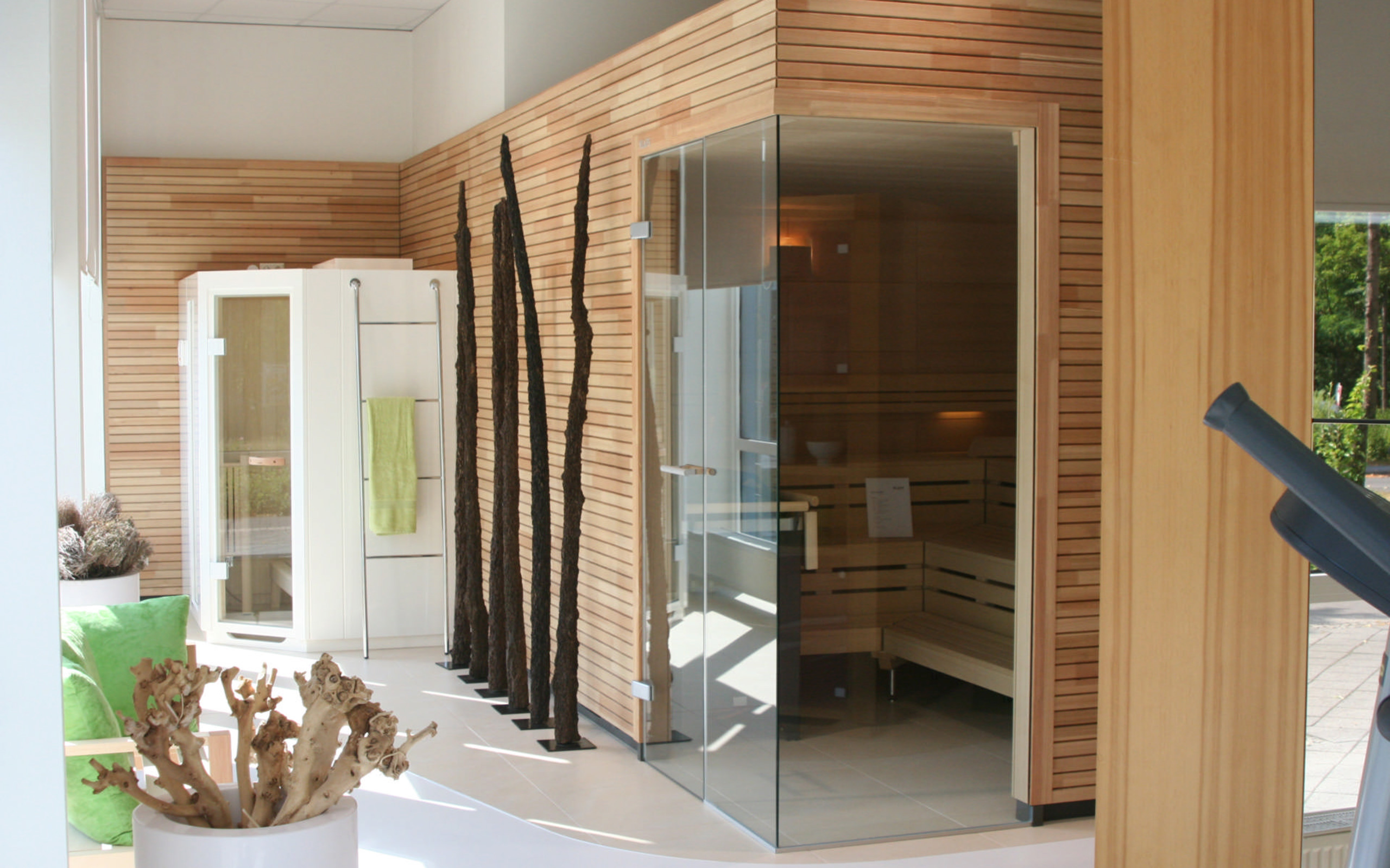 sauna ausstellung in leipzig. Black Bedroom Furniture Sets. Home Design Ideas